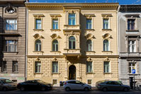 Recovery and renovation of facade of an building in Gunduliceva street, Zagreb/Croatia